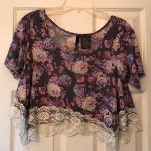 O'Neil floral and lace crop top size xs